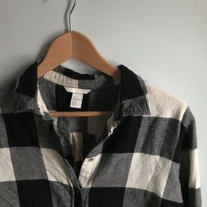 Black and white firm flannel
